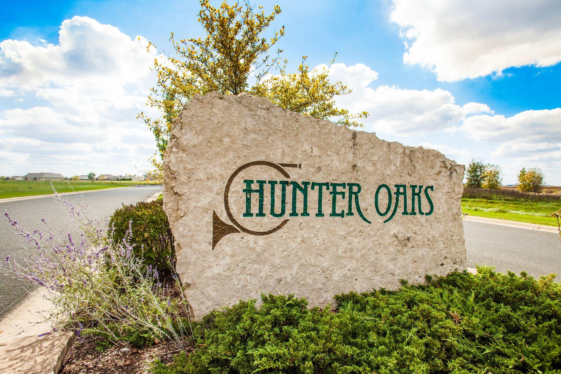 Hunter Oaks Entrance