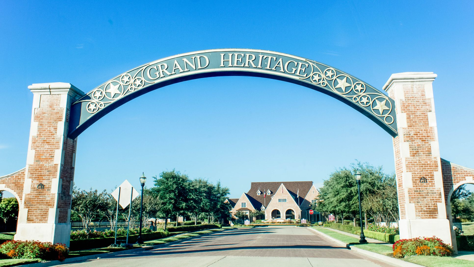 Sign:Grand Heritage Sign