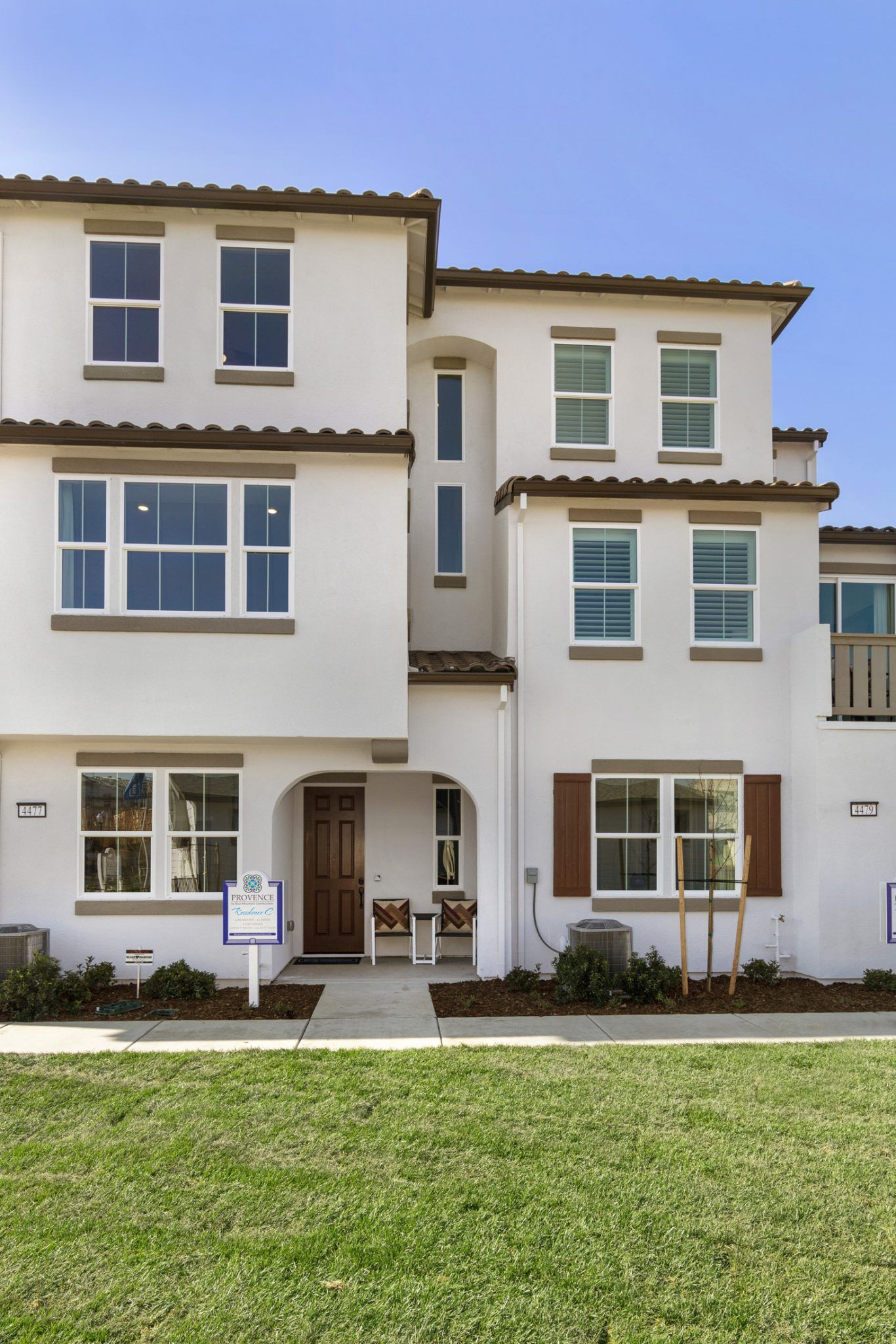 NEW HOMES FOR SALE SACRAMENTO:Professional photography of beautiful new homes by the Sacramento Airport