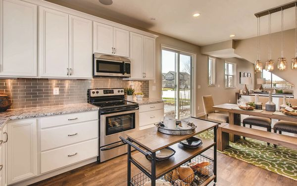 Avenue Portfolio at Brighton Crossings,80601