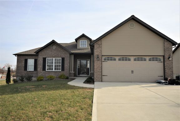 Sales Office:14 Rockport Court Troy MO 63379
