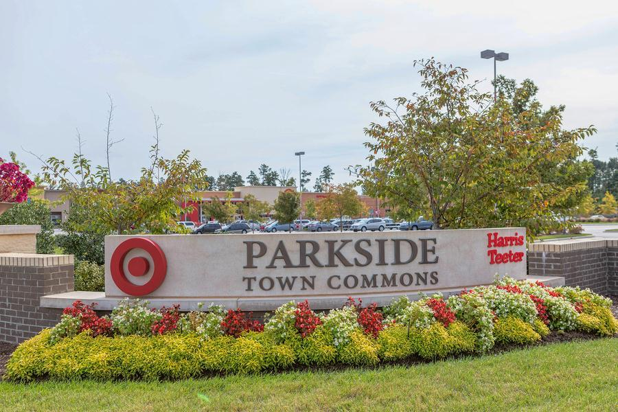 Shopping:Parkside Town Commons
