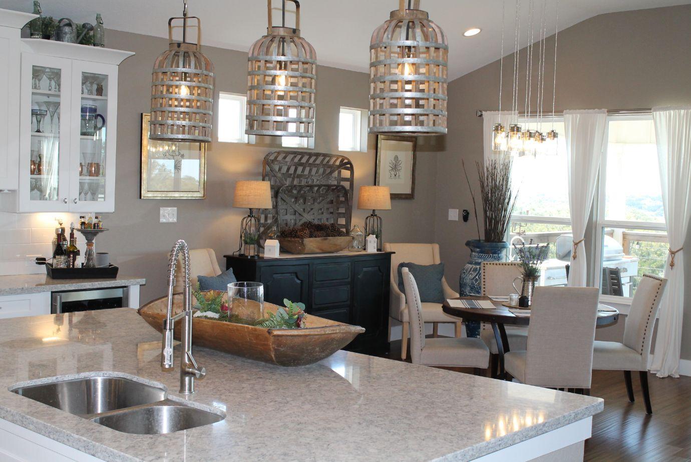 Modern Farmhouse:Kitchen Image