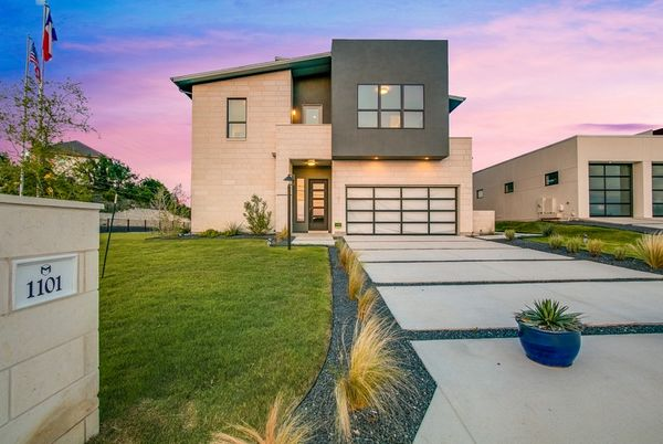 The Dylan in Preserve at Lakeway:Model home in Lakeway, TX with 3 bedrooms, 2 bathrooms, open concept, gameroom and 2nd & 3rd floor balconies.