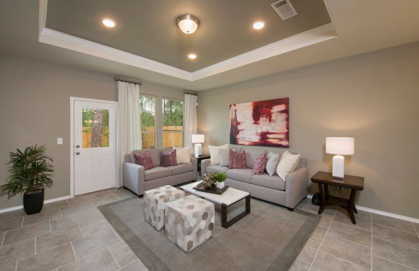 Eastgate:Optional Tray Ceiling