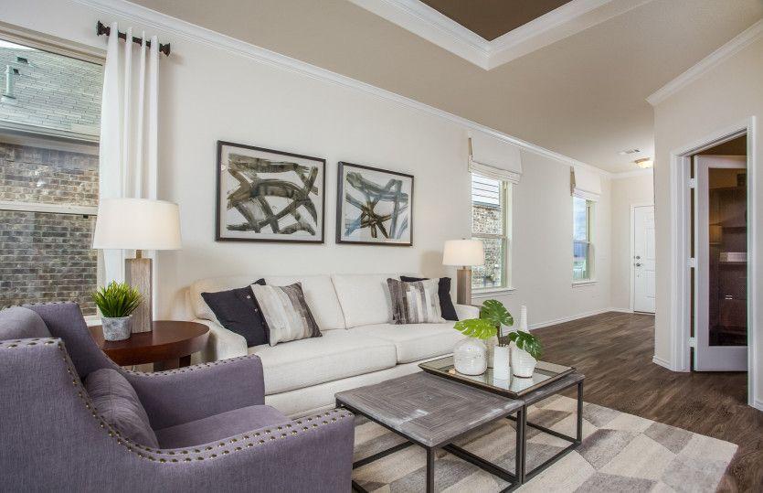 Taft:Open Concept Living Spaces