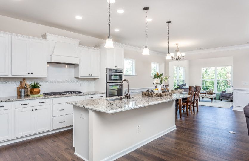 Eastway:Kitchen with granite