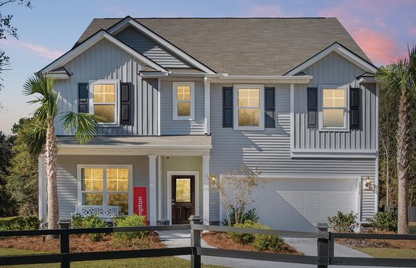 Exterior:Hampton with Full Front Porch