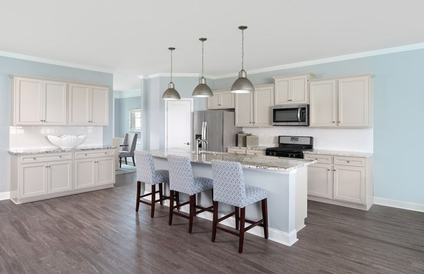 Mitchell:Kitchen with Large Island