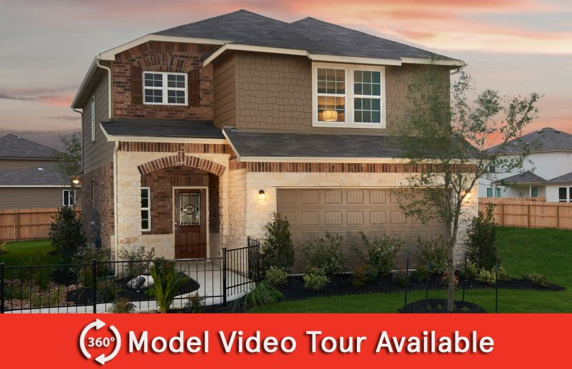 Lincoln:Lincoln model home showing Home Exterior R