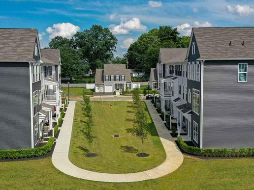 Belmont:A mix of townhomes and single-family homes
