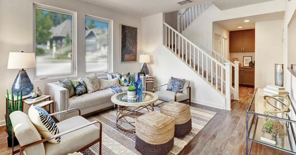 Three Bedroom Townhomes :Downtown Riverside - Private Yards