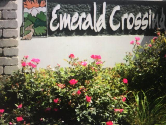Emerald Crossing,46311