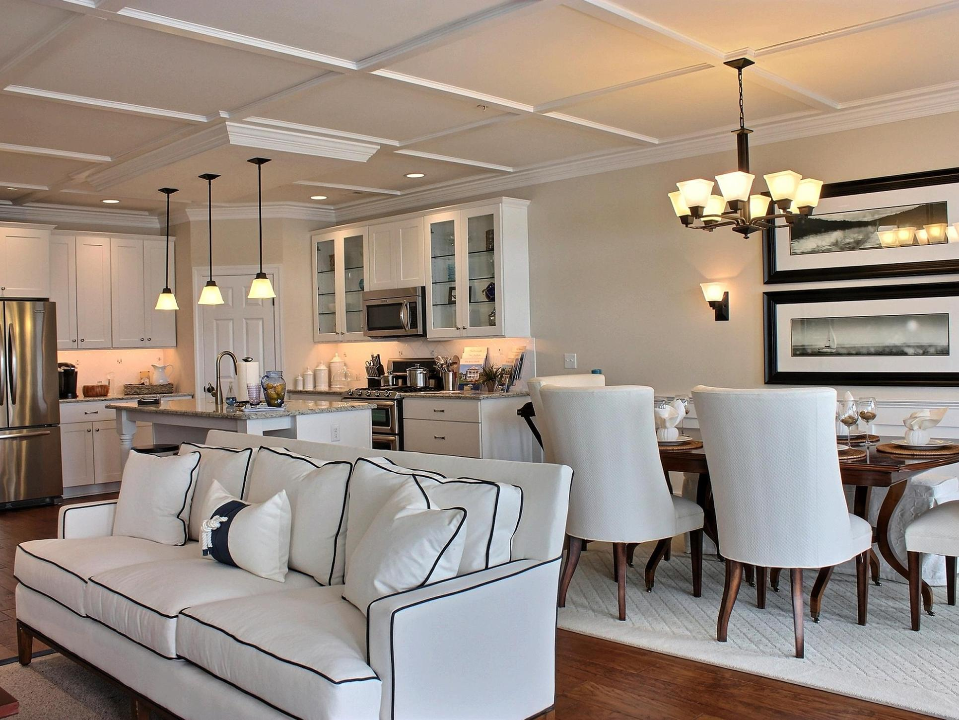 Beacon Hill Classic:Great Room