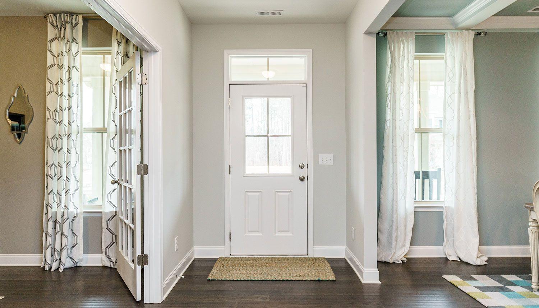 Stonefield :Foyer
