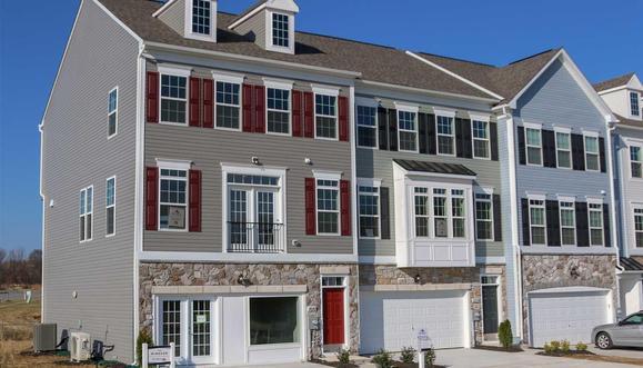 Rosewood Village:Windsor ll