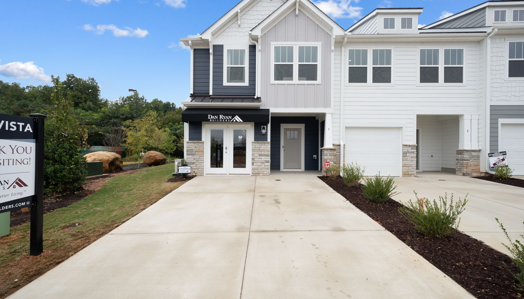 Front of the Home:Litchfield