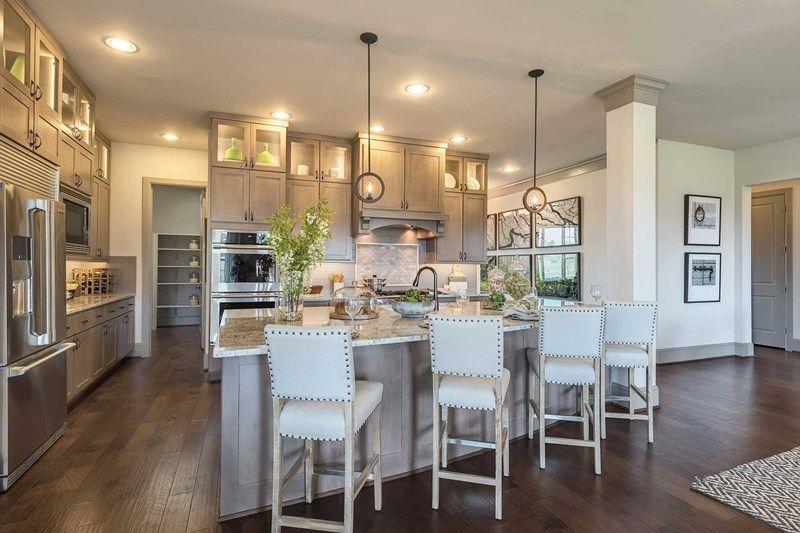 Interior:The Braum - Kitchen
