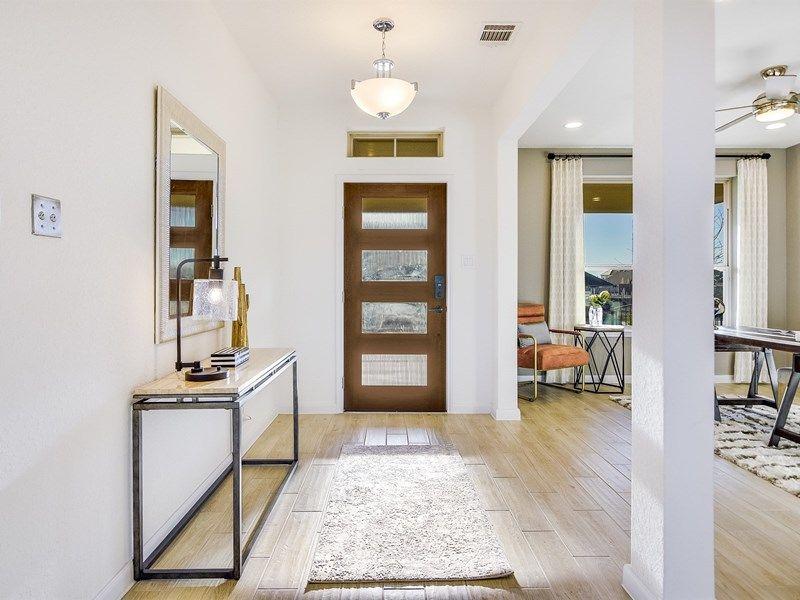 Interior:The Palomar - Entry