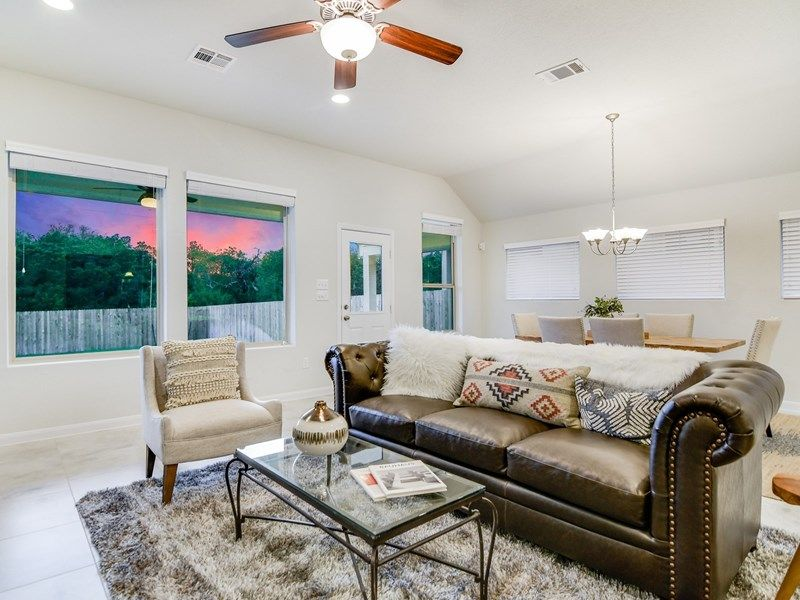 Interior:The Crestmont - Family Room