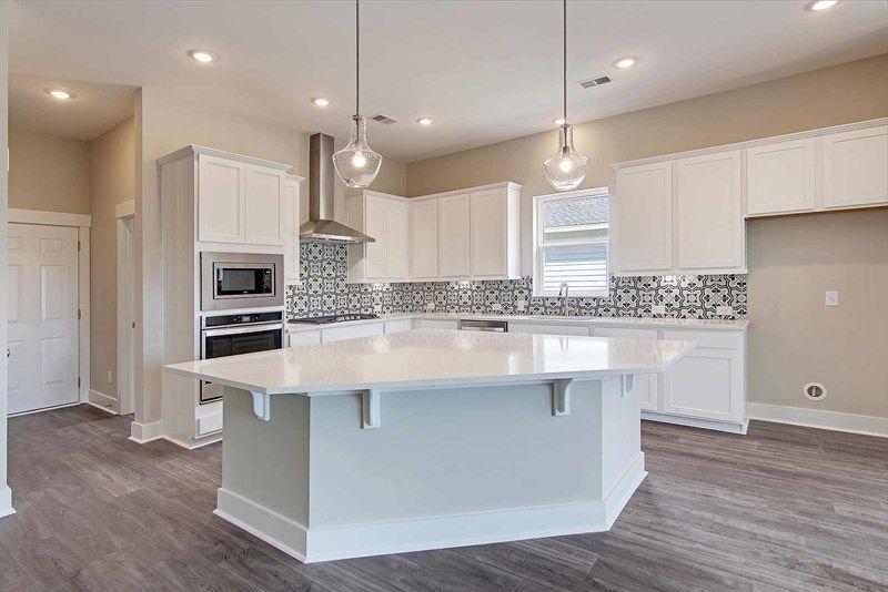 Interior:The Ridgeview - Kitchen