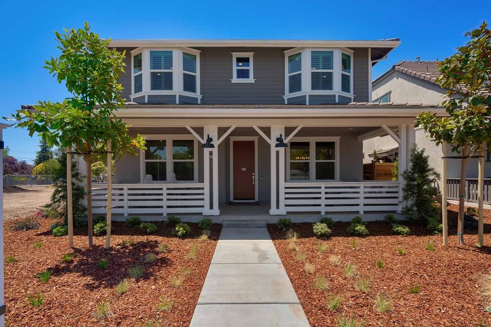 Exterior:Residence 4AR - Craftsman Elevation