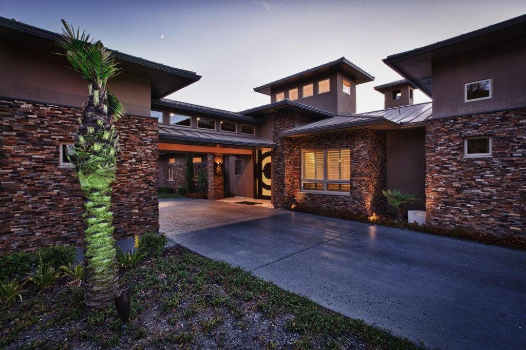 Diamante Custom Homes,78373