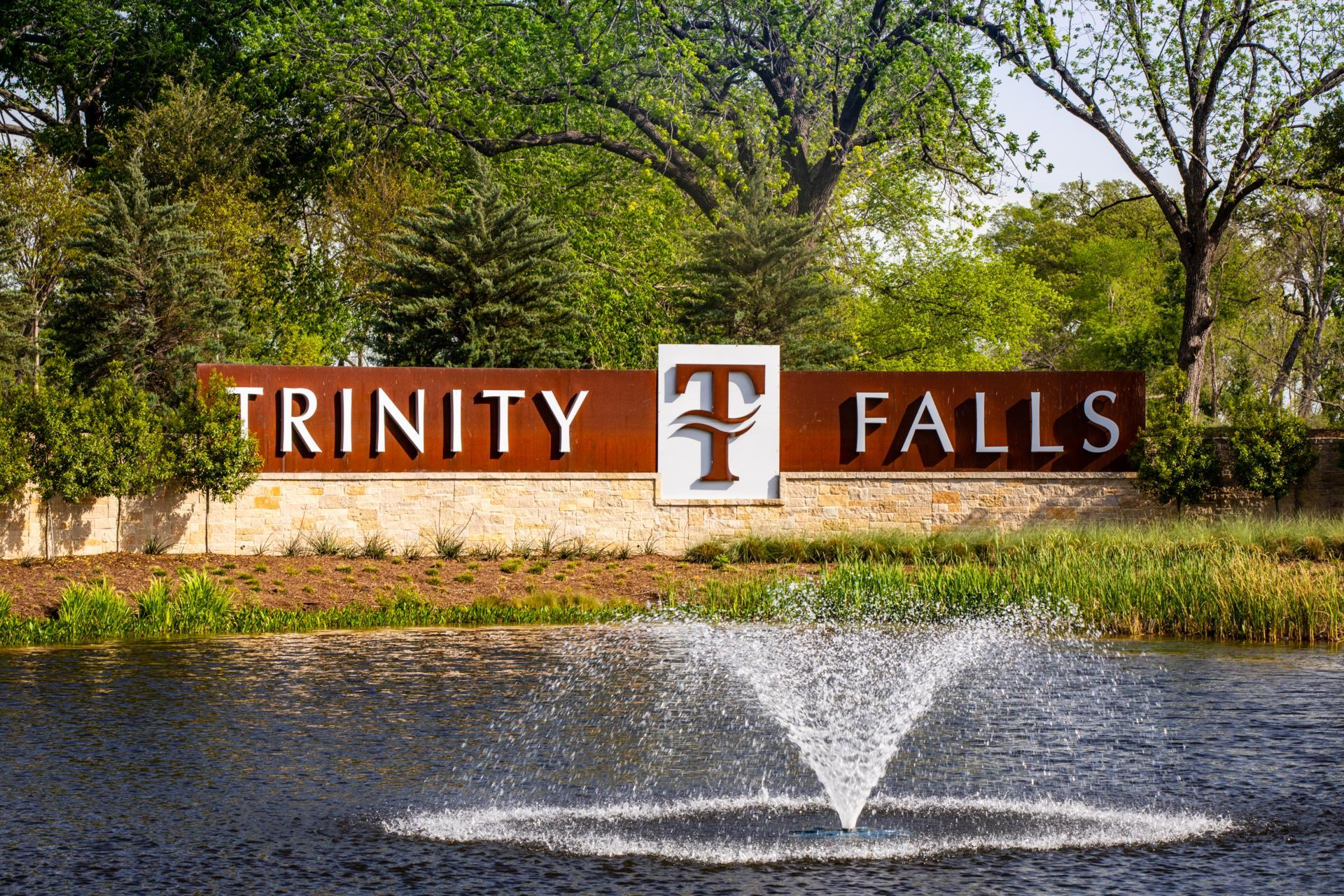 The Trinity Falls Entrance Monument
