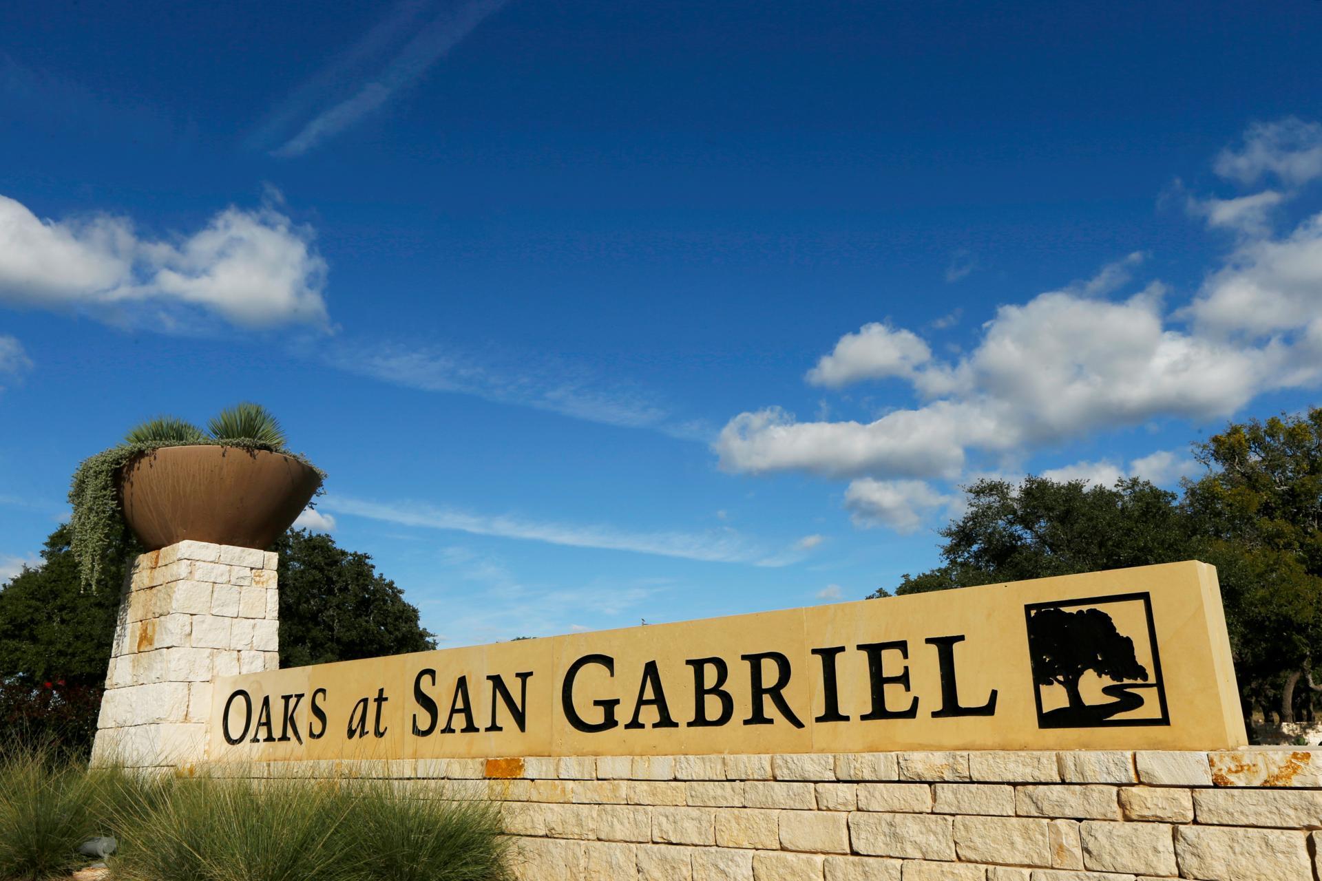 Entrance to Oaks at San Gabriel