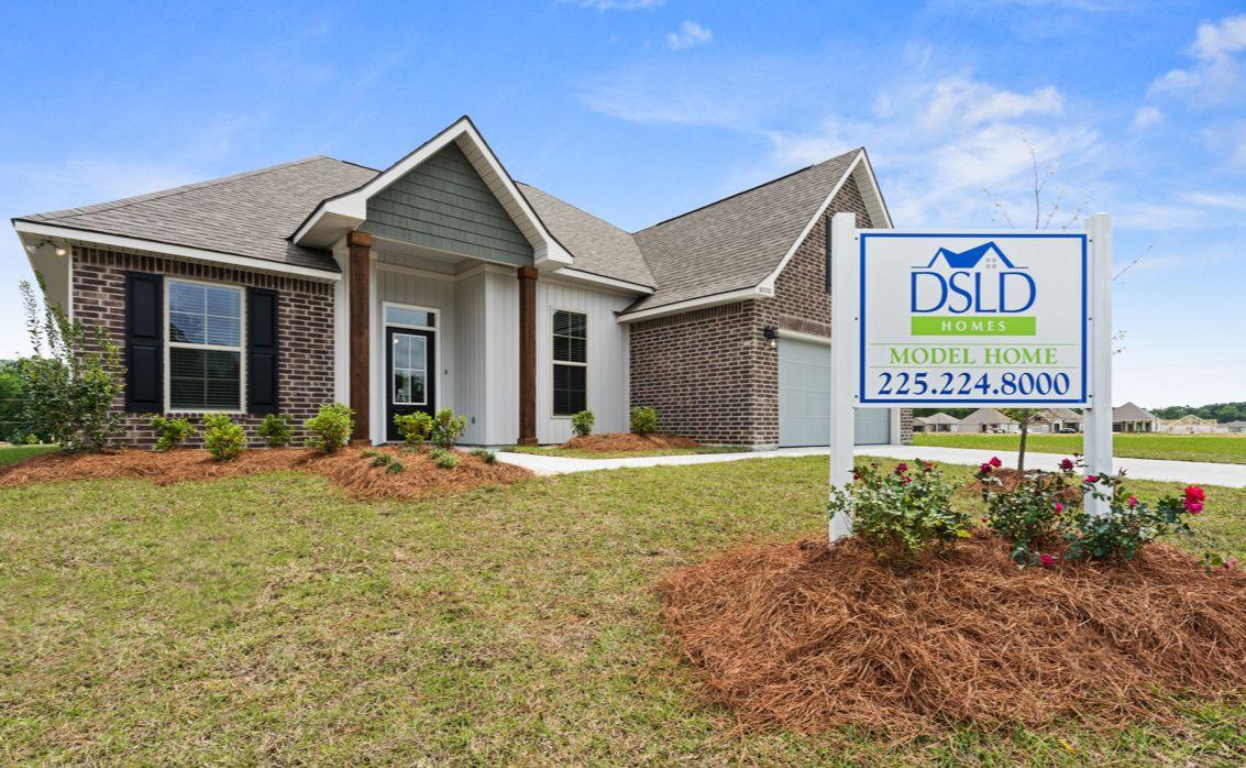 Lakeside Terrace Model Home - Prairieville - DSLD Homes