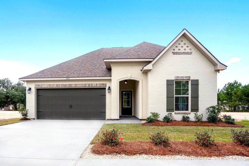 Front of Model Home- DSLD Homes - Alexander Ridge in Covington:Alexander Ridge Model Home Exterior- Covington, LA