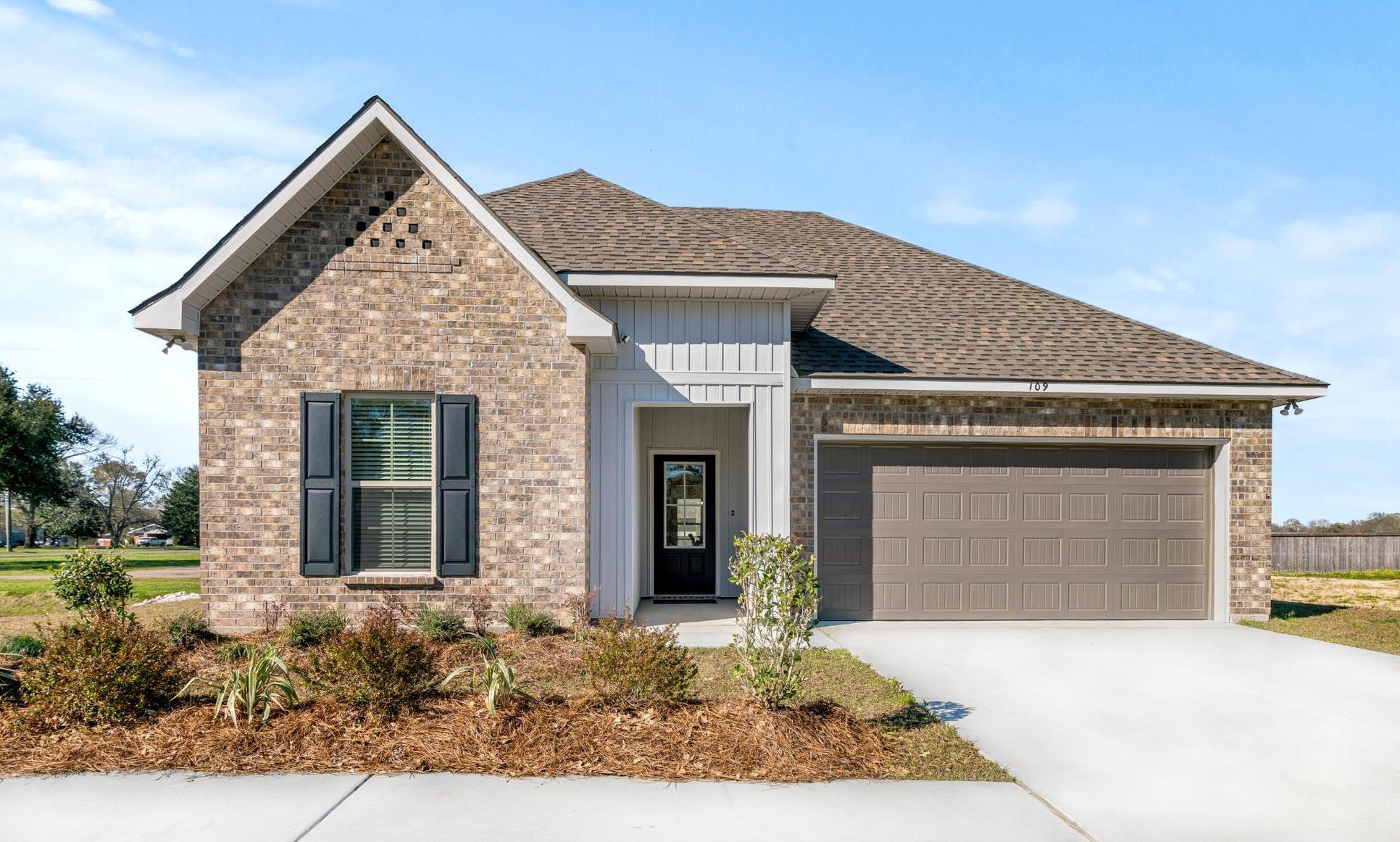 DSLD Homes - Troy III G Open Floorplan Front Elevation Image - Highland Trace - Prairieville, LA