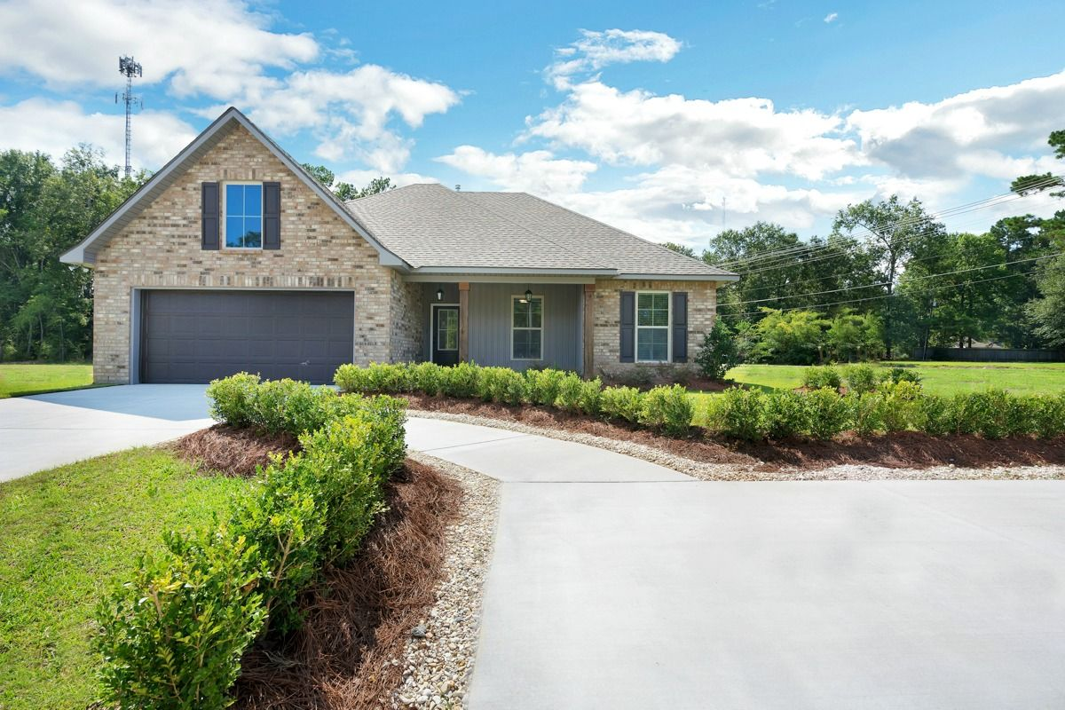 Front of Model Home - DSLD Homes - Island Trace in Ponchatoula