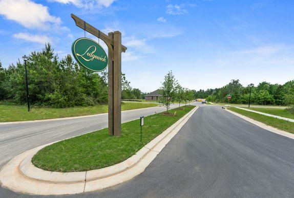 Community Sign - DSLD Homes - Foley - Ledgewick