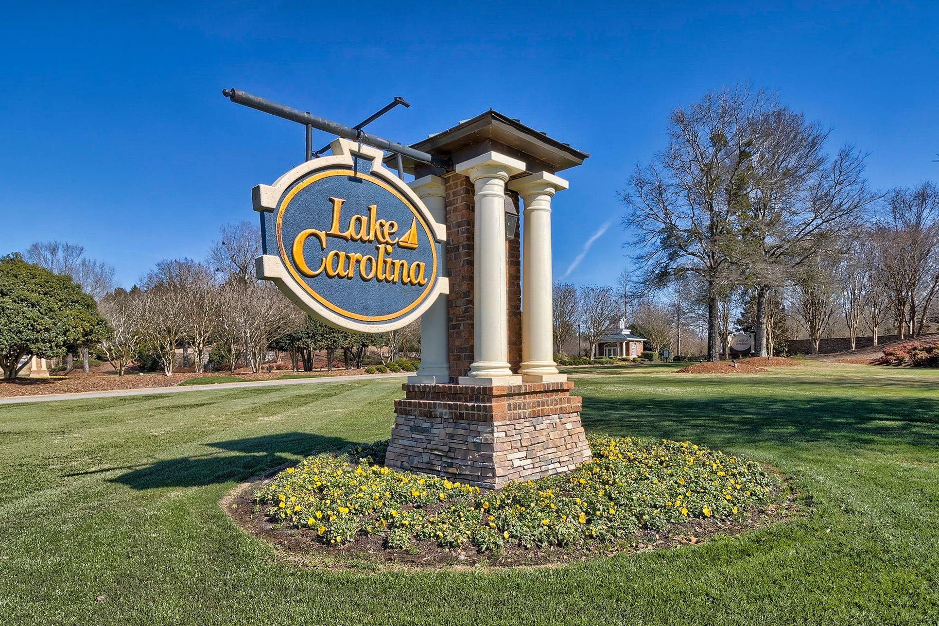 Lake Carolina:Community