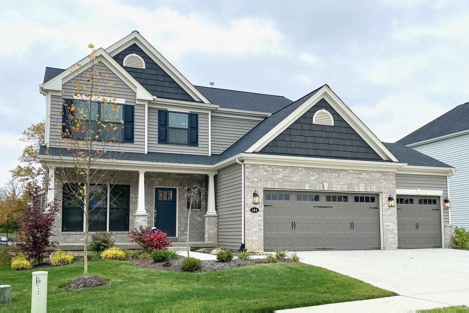 Exterior:Stratton - Mary Pic
