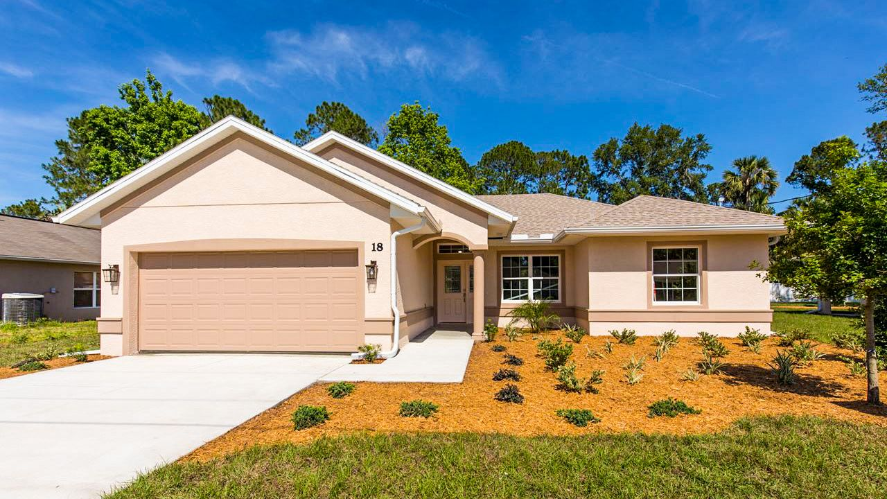 DENISE. Certified Green Home:Front view