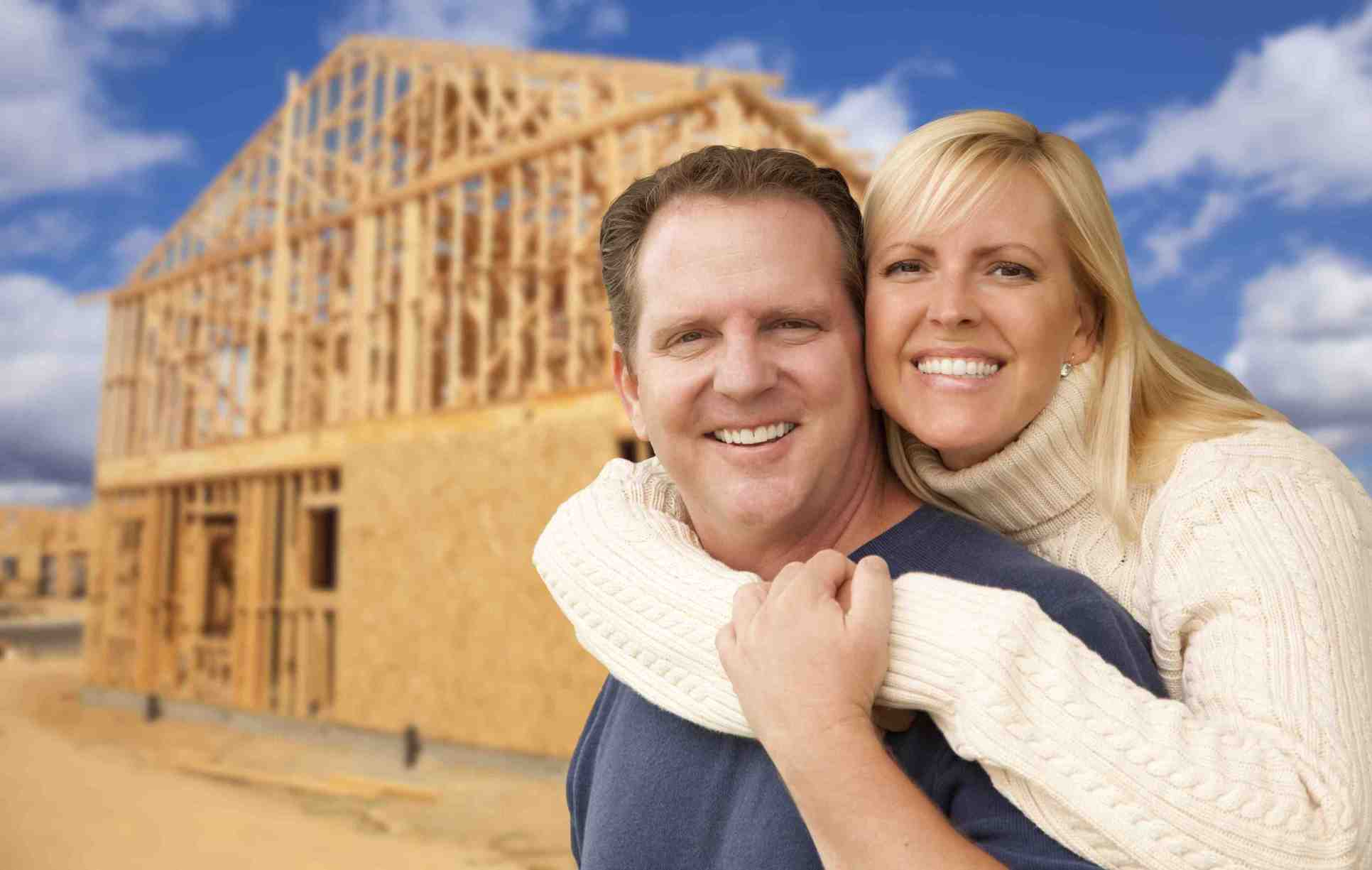 Buyers in front of New Home_0.jpg