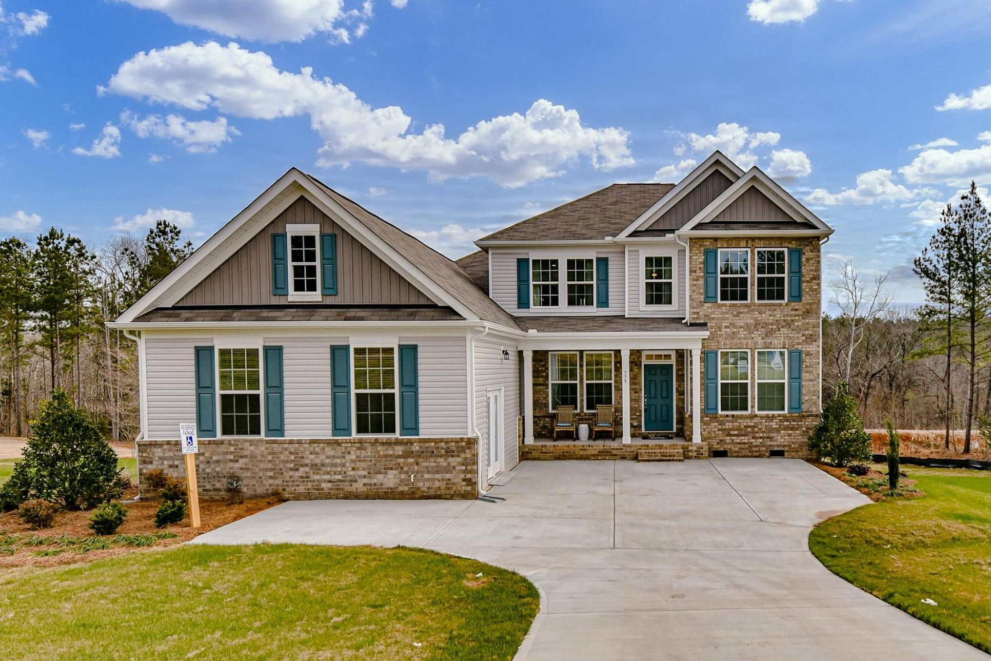 001 775 Red Spruce Drive