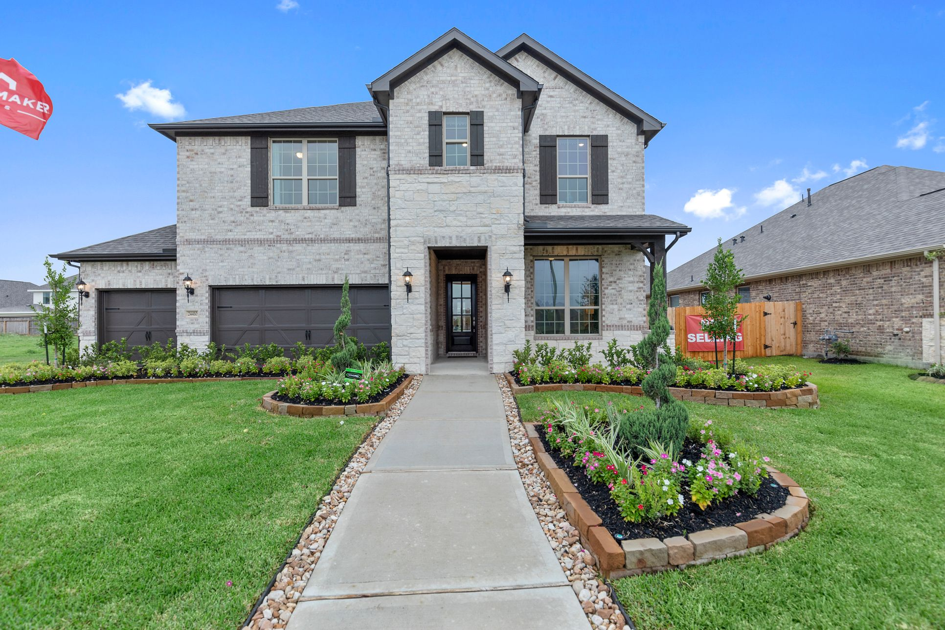 Katy Lakes | HistoryMaker Homes