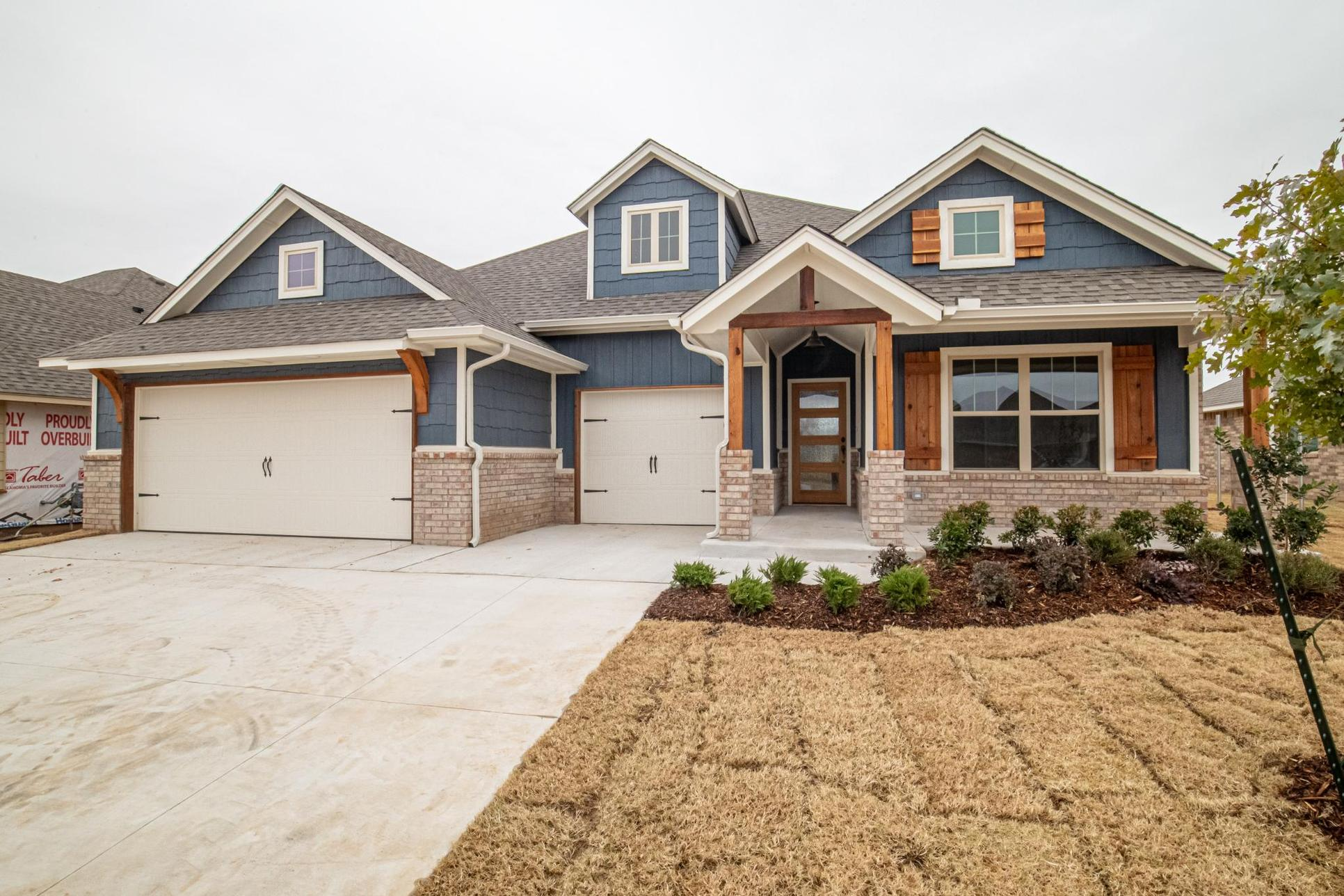 Homes by Taber Shiloh Half Bath Floor Plan-10409 SW 24th Terr