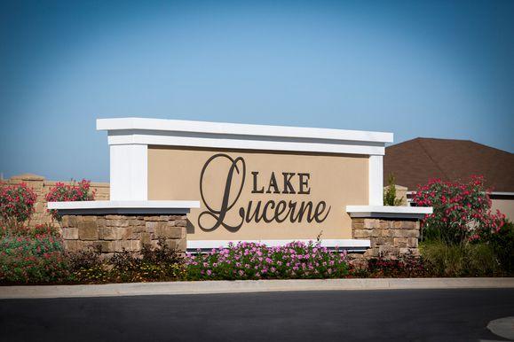 Lake Lucerne,33881