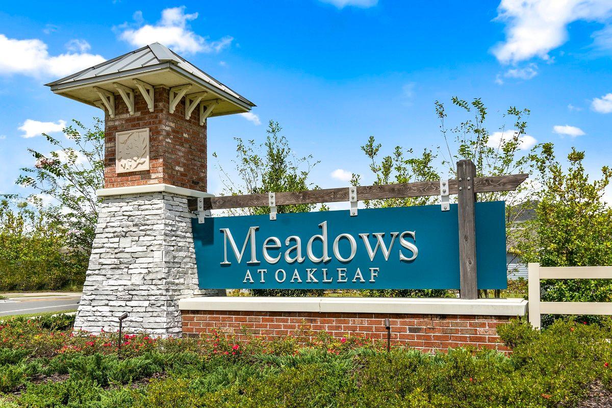 Meadows at Oakleaf Townhomes,32222