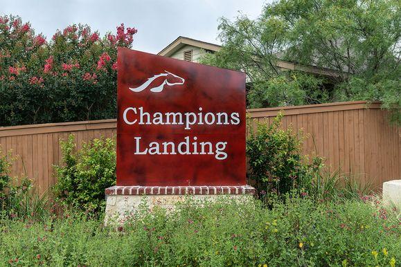 Champions Landing,78245