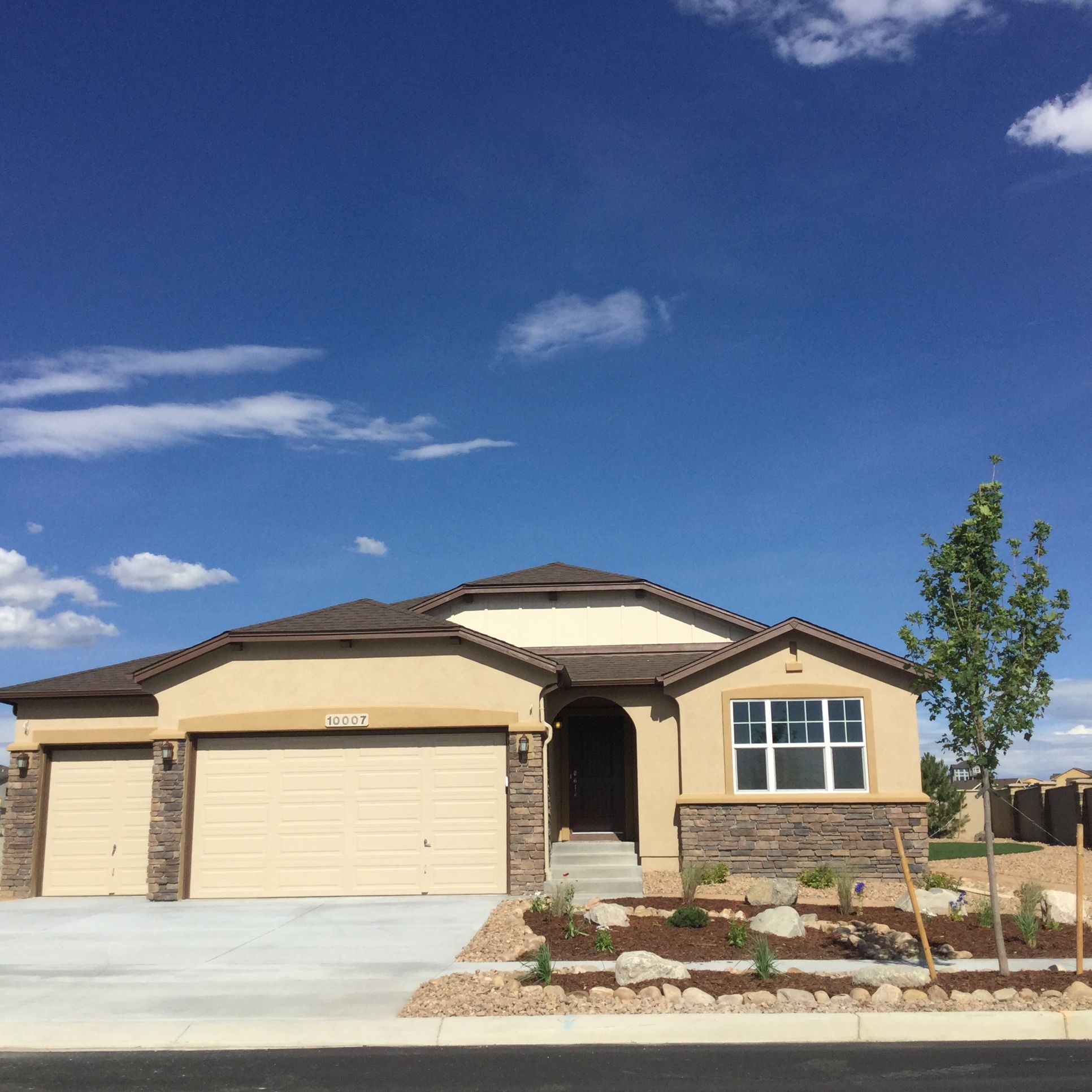 The Ellingwood - Ranch Home:Spacious ranch home with 5 bedrooms, flex space and open main level. (Photo of model)