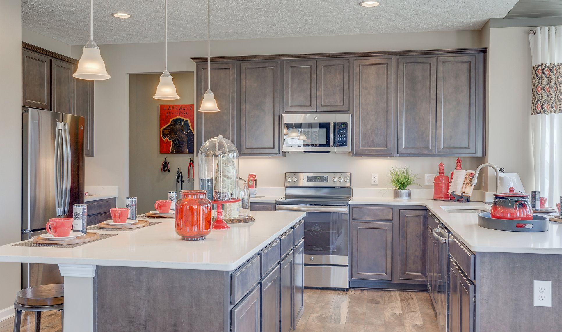 Interior:Ample cabinet space in kitchen