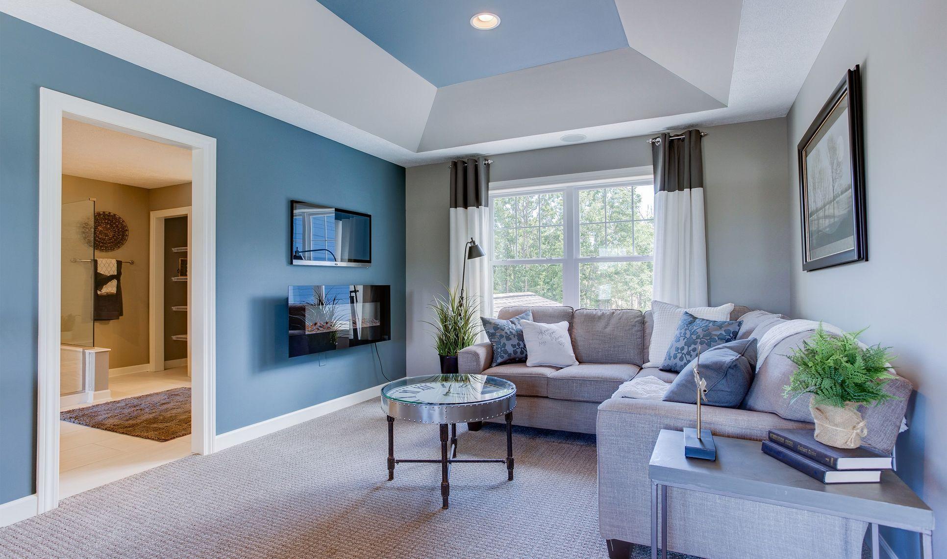 Interior:Owner's suite sitting room