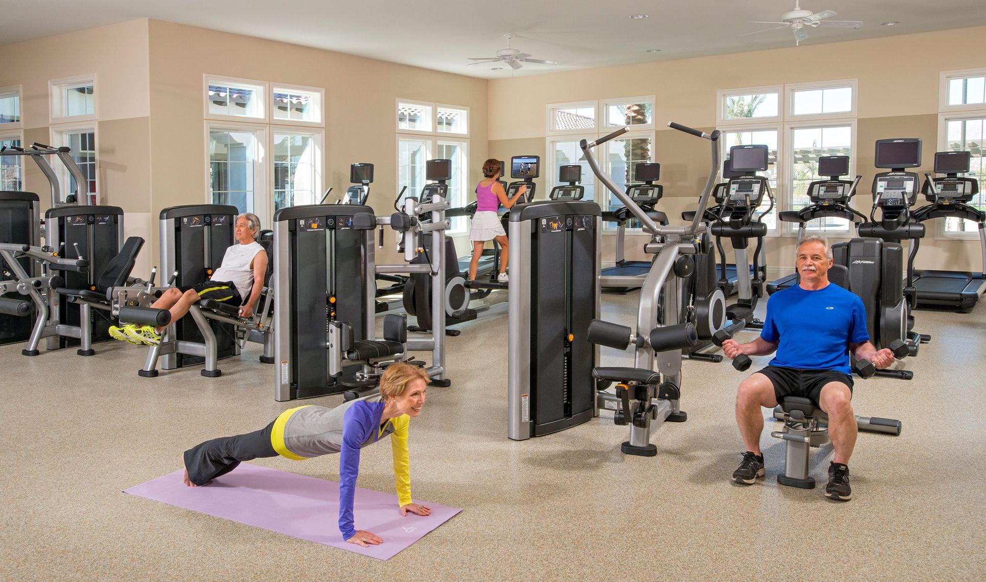 2880-fitness2-4-seasons-commaspot-ca