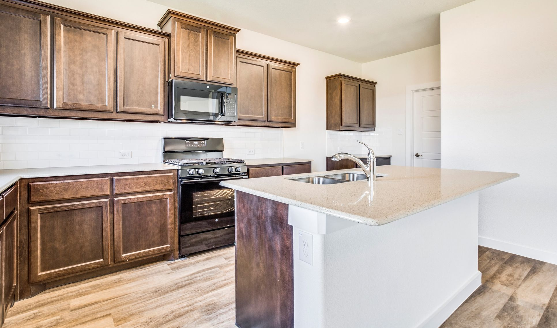 Interior:Stunning kitchen countertops