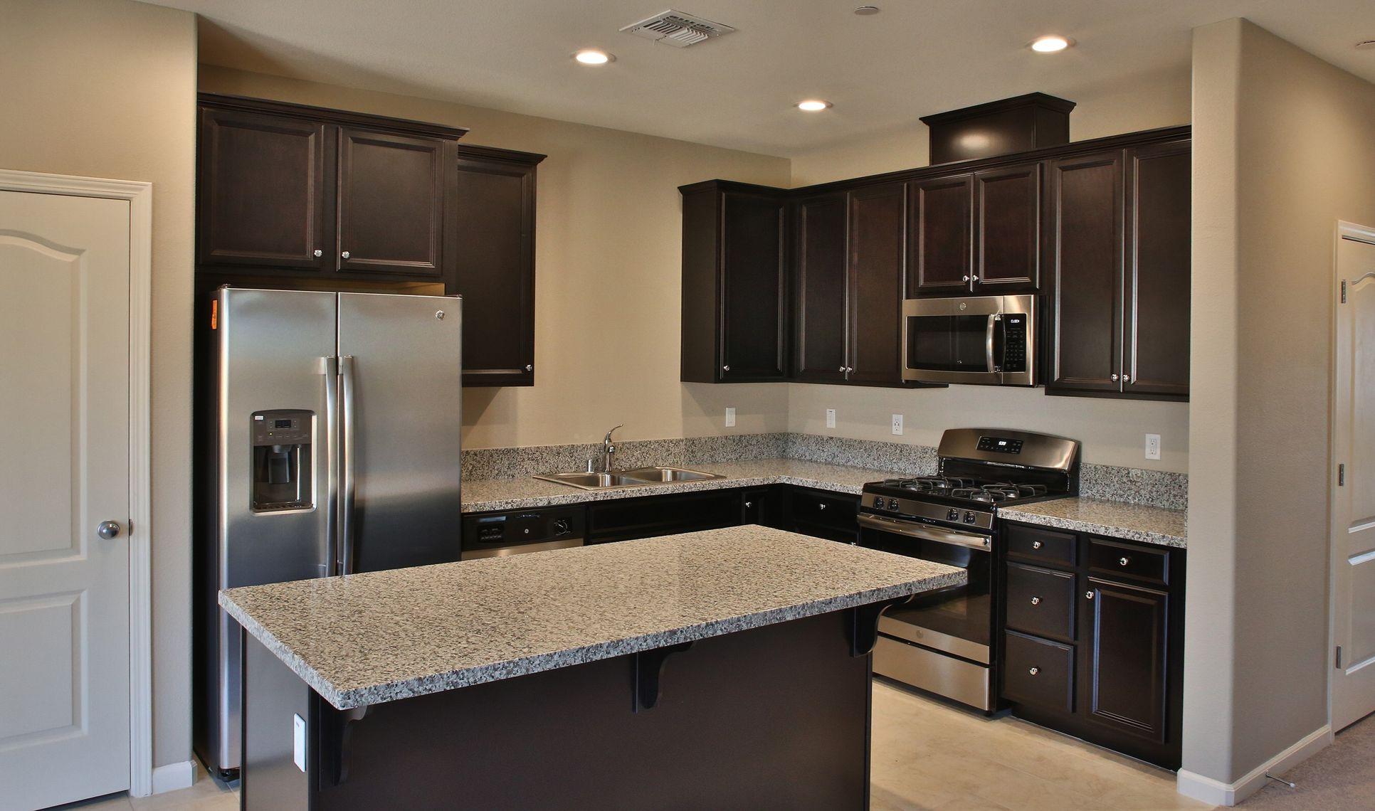 Interior:Elegant kitchen